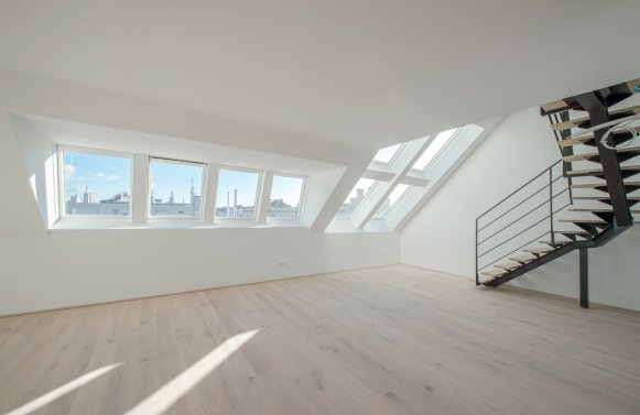 Property in 1060 Wien, 6. Bezirk: LIVING HERE IS A LOT OF FUN: Attractive penthouse apartment with style